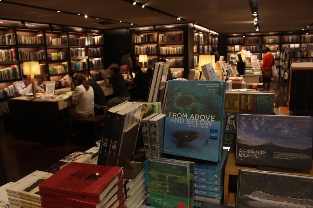 诚品书店内