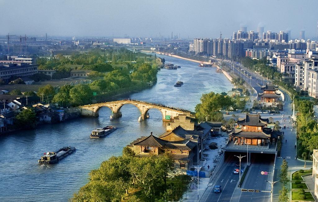 大运河上的拱宸桥